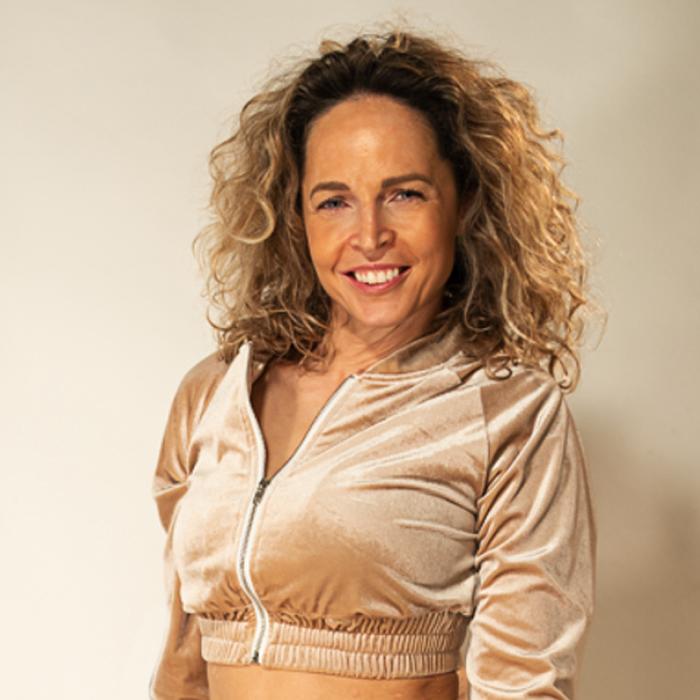 Tamara-Kramer-Beige-set03-1.png